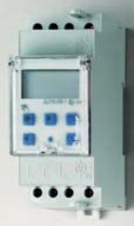 Kapcsolóóra 16 A 230 V 2 CO